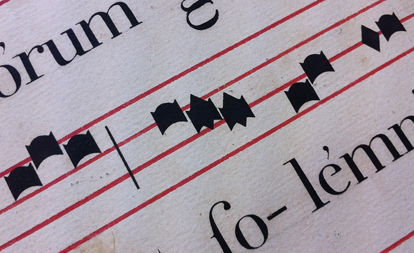 ganagobie-stencilled-antiphonal-posterior-zoom3-france-852x521